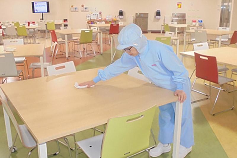 大手乳業メーカー工場の清掃
